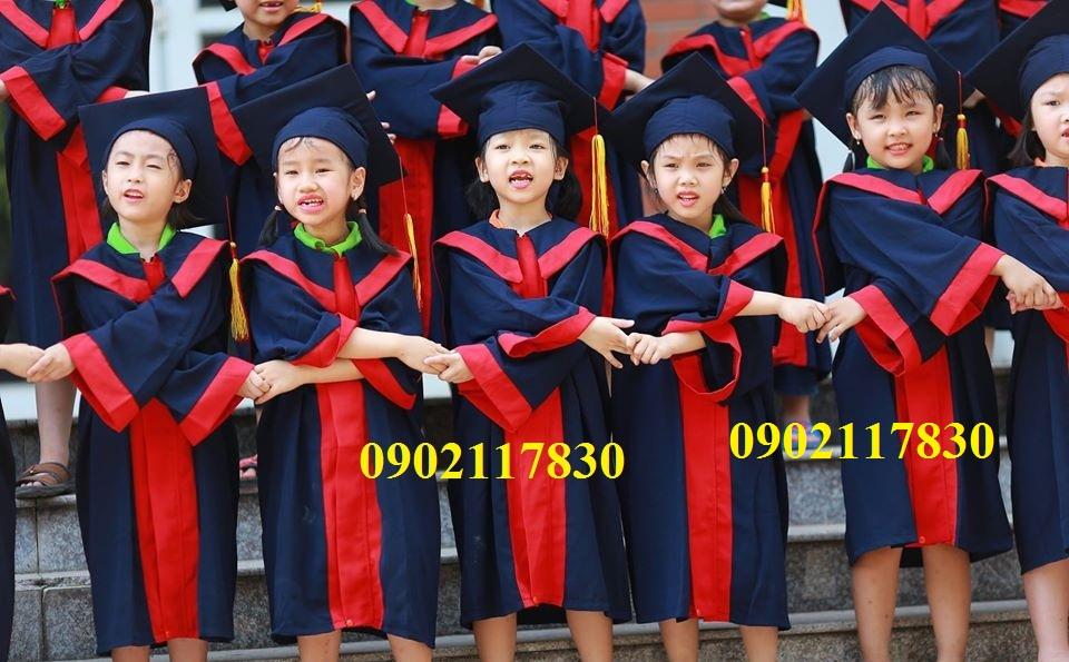 Cho thuê áo tốt nghiệp tiểu học quận 3