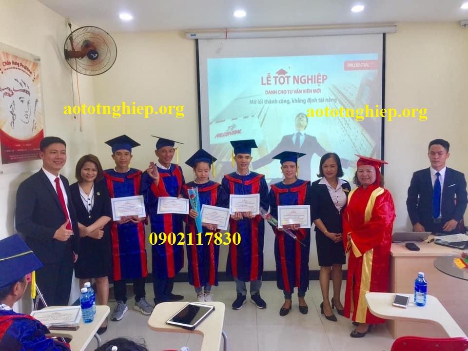 Thuê áo tốt nghiệp THPT