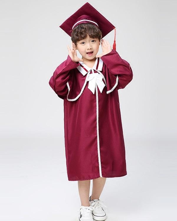 Thuê áo tốt nghiệp mầm non